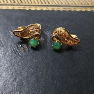 Vintage gold-toned earrings